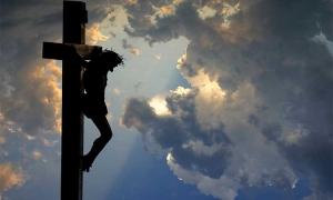 Ο πόνος του Χριστού επάνω στον Σταυρό