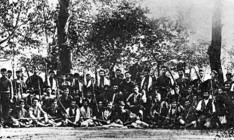 Έναρξη συγκροτήσεως Ελληνικών ανταρτικών σωμάτων στη κεντρική Μακεδονία κατά το 1904 και 1905
